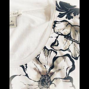 White House Black Market Tops - WHBM Floral Tee Sz M